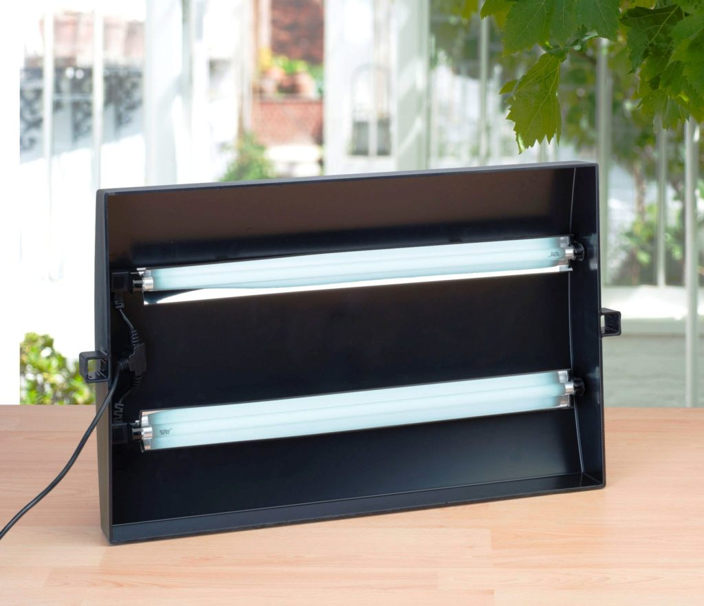 Growing Tips for Growlight Fluorescent Lamps